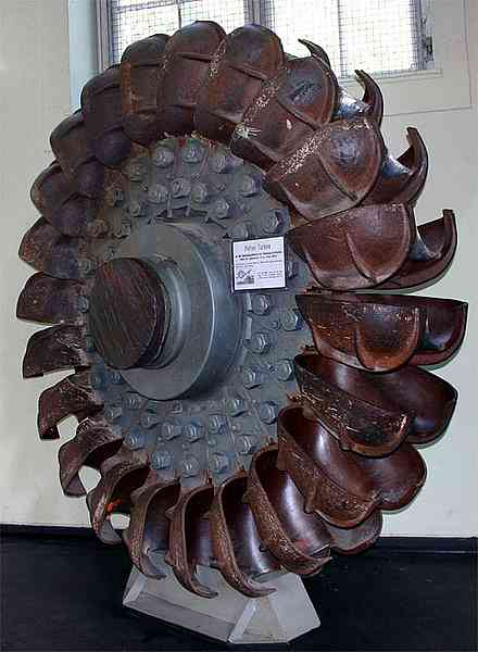Pelton turbine historie, drift, anvendelse